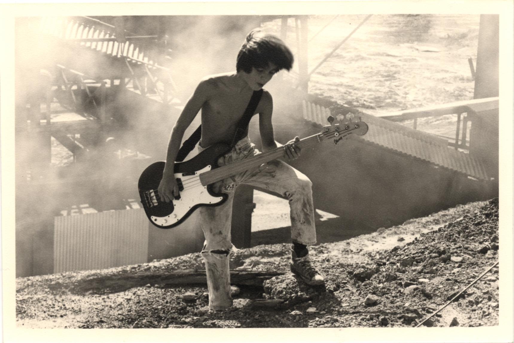 1993 videoclip jogo do empurra