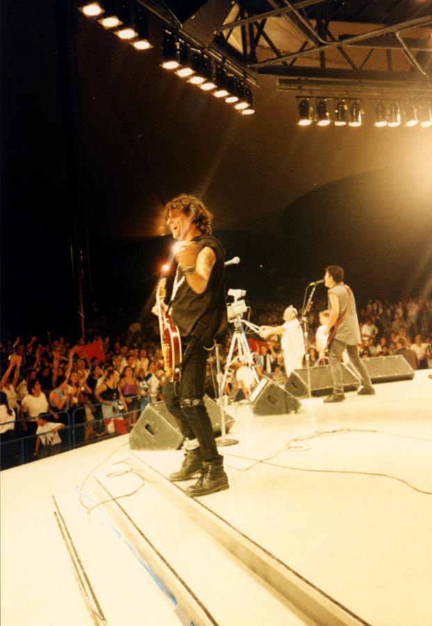 1995 Agosto 26  Canadá